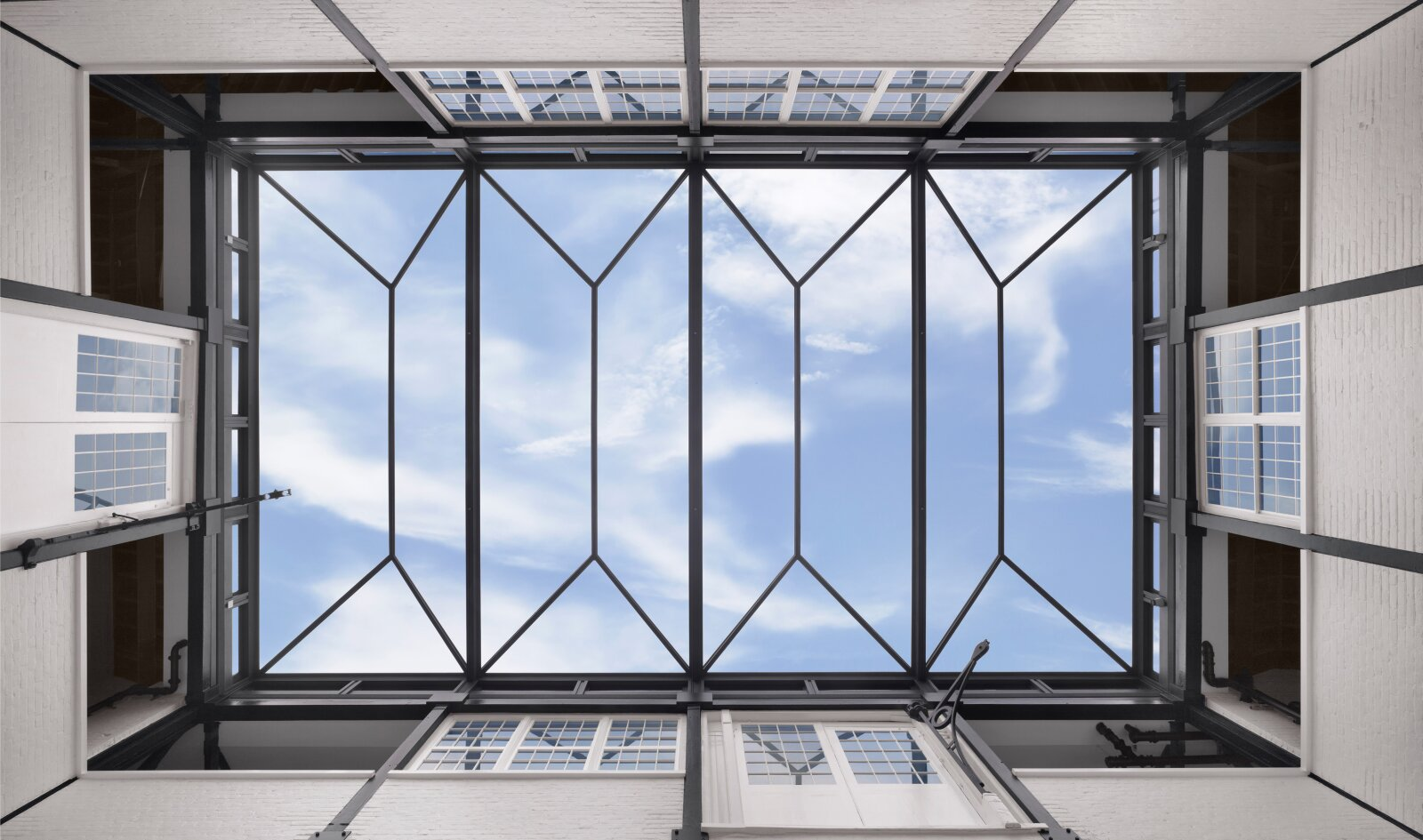 2109 2 Ch Glass Roof Landscape